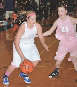 Photo of LHS Lady Bulldog basketball game