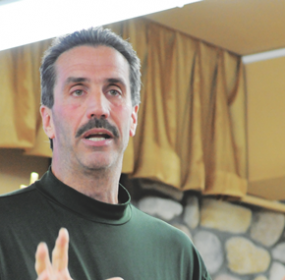 Former Major League Baseball player Sid Bream makes a point during his presentation at the Bible Church in Lovell Sunday night. David Peck photo